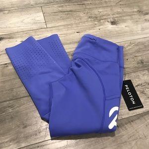 Peloton Nike Sapphire Epic Lux Crop Size Small